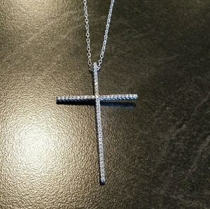 Jewelry - Gorgeous Cz Cross Pendant in .925
